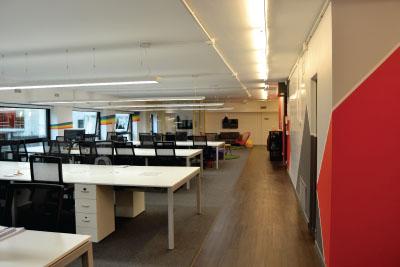 Obra   Color y luz para oficinas modernas   Editores